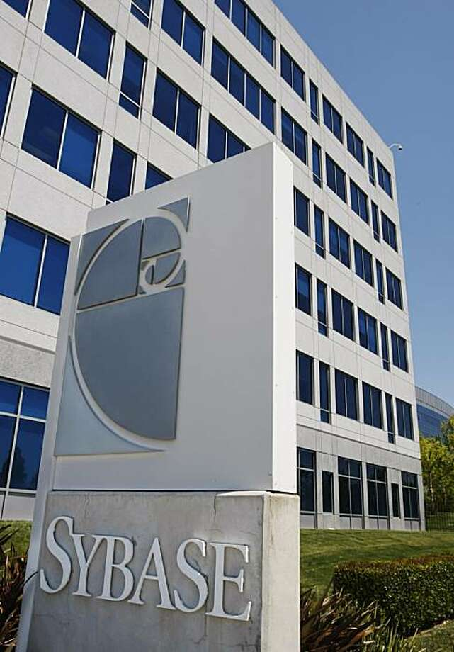 Exterior view of Sybase headquarters in Dublin, Calif., Thursday, May 13, 2010. Photo: Paul Sakuma, AP