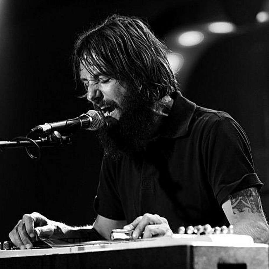 Ben Bridwell, leader singer of Band of Horses band. Photo: Sony