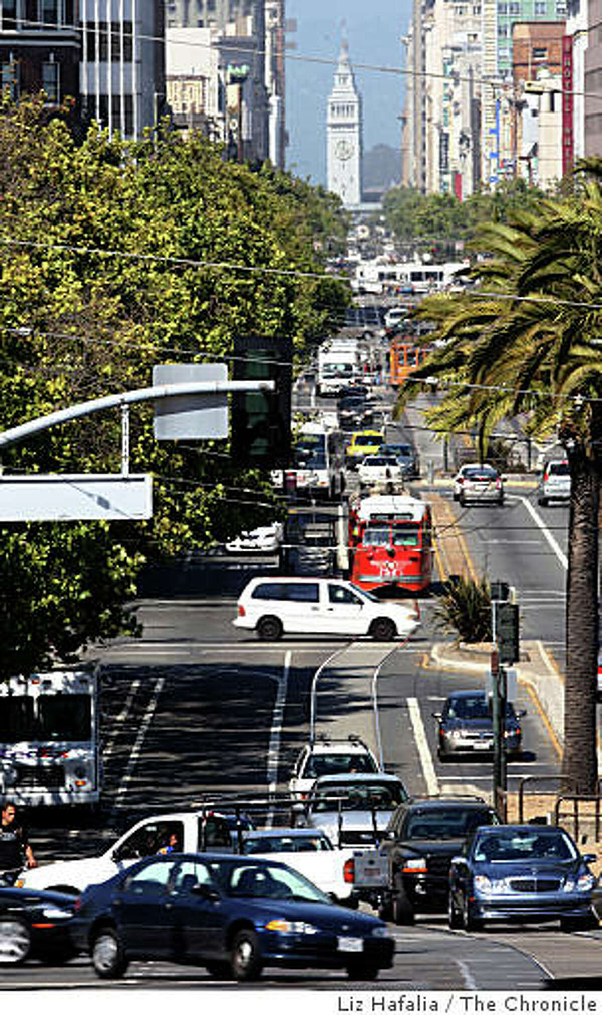 Supervisor Chris Daly asked the city attorney to draft legislation to permanently ban cars on Market Street between Octavia Boulevard and the Embarcadero. Afternoon traffic on Market Street looking past Octavia Boulevard in San Francisco, Calif., on Wednesday, July 23, 2008.