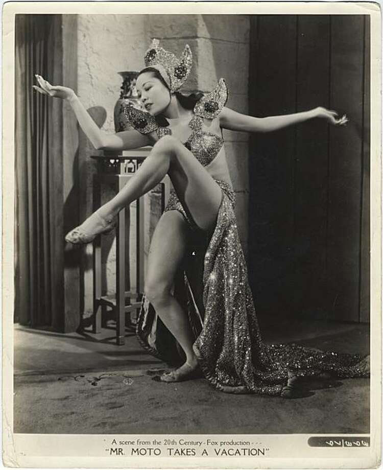 Jadin Wong, a Chinese American performer who was a mainstay at the old Forbidden City nightclub in San Francisco before going on to Broadway and Hollywood, died March 30 2010, at age 96. Photo: Courtesy, Museum Of Chinese In America