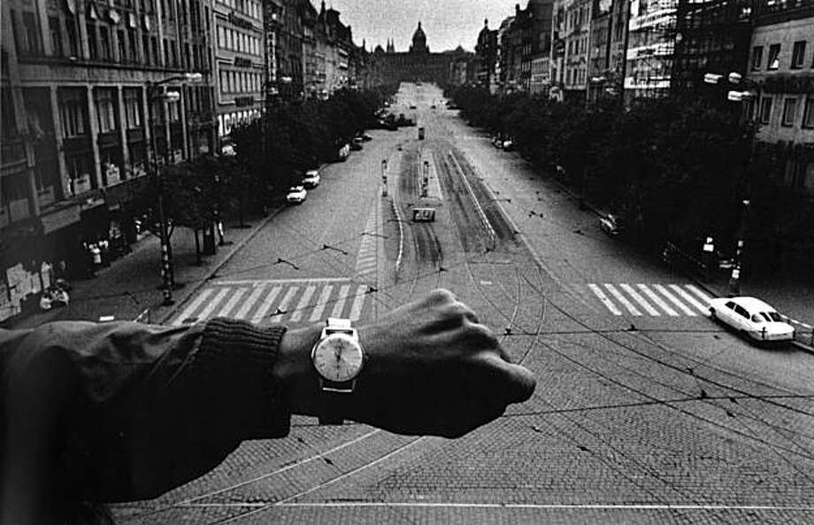 """Prague, 1968"" gelatin silver print by Josef Koudelka Photo: Josef Koudelka, Robert Koch Gallery, S.f."