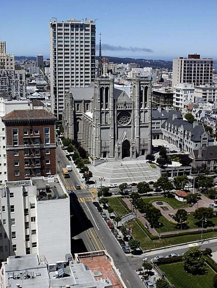 Some on Nob Hill are concerned that bringing more concertgoers to the Masonic Center will harm Grace Cathedral (above) and Huntington Park. Photo: Katy Raddatz, The Chronicle