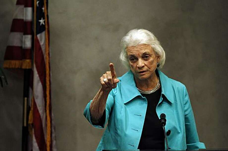 "Former Supreme Court Justice Sandra Day O'Connor addresses a gathering at the Valley Leadership presentation of a Community Dialogue Series ""An Evening With Justice Sandra Day O'Connor"" Thursday, April 15, 2010, in Phoenix. Photo: Ross D. Franklin, AP"
