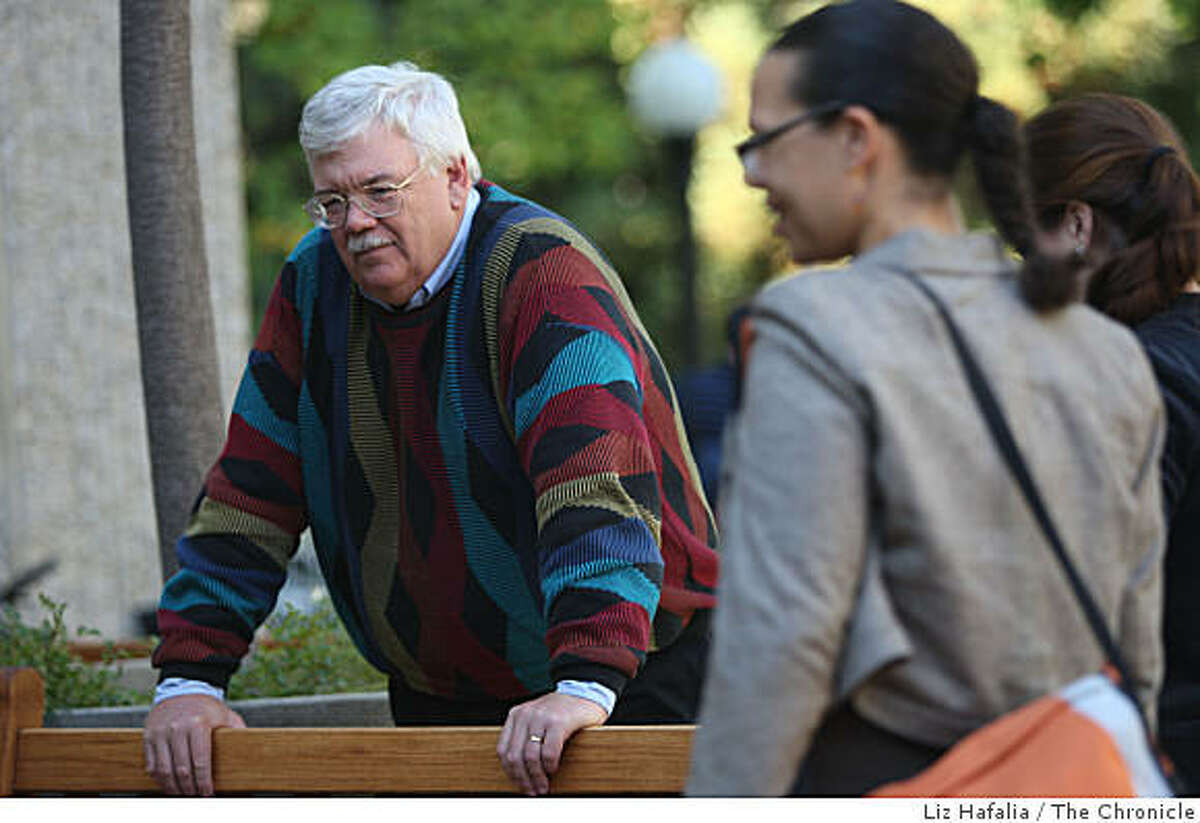 Stanford Law Professor Hank Greely, an expert on neurolaw, talks with his students in front of the law school in Palo Alto, Calif., on Monday, October 13, 2008. As brain scanning technology improves, and we know more about how our minds work, this will have lots of consequences on the law.