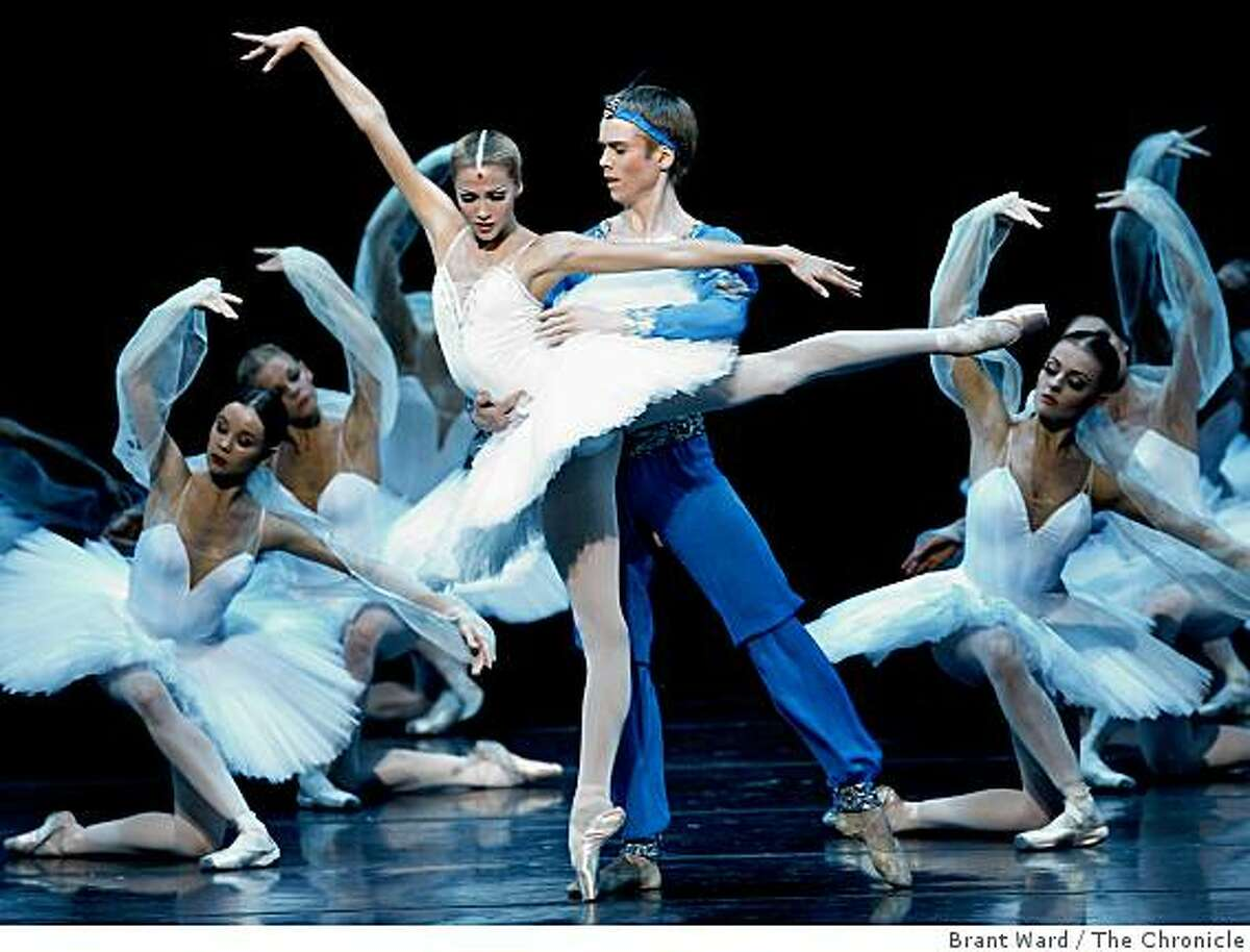 Alina Somova, left, and Leonid Sarafanov danced in La Bayadere. The famed Russian dance company Kirov Ballet and Orchestra performed at Zellerbach Hall on the UC Berkeley campus Tuesday October 14, 2008.