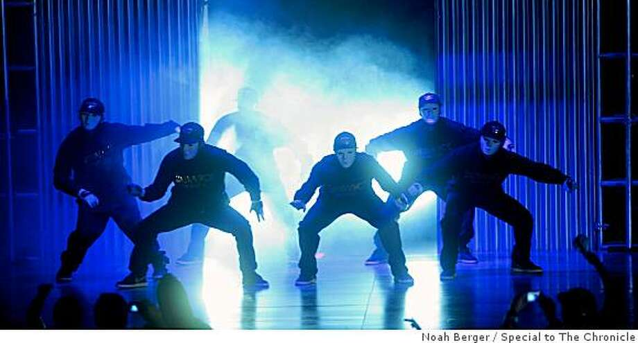 "Members of the JabbaWockeeZ perform during Randy Jackson?s ""America?s Best Dance Crew"" on Saturday, Oct. 11, 2008, at the Paramount Theatre in Oakland, Calif. Photo: Noah Berger, Special To The Chronicle"