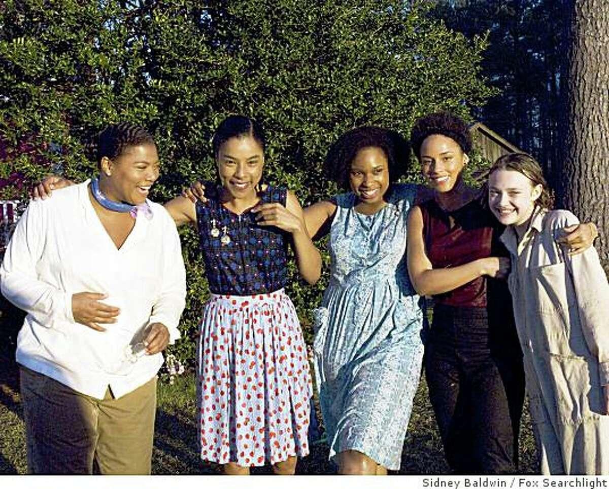 L-R: Queen Latifah, Sophie Okonedo, Jennifer Hudson, Alicia Keys and Dakota Fanning. (2008)