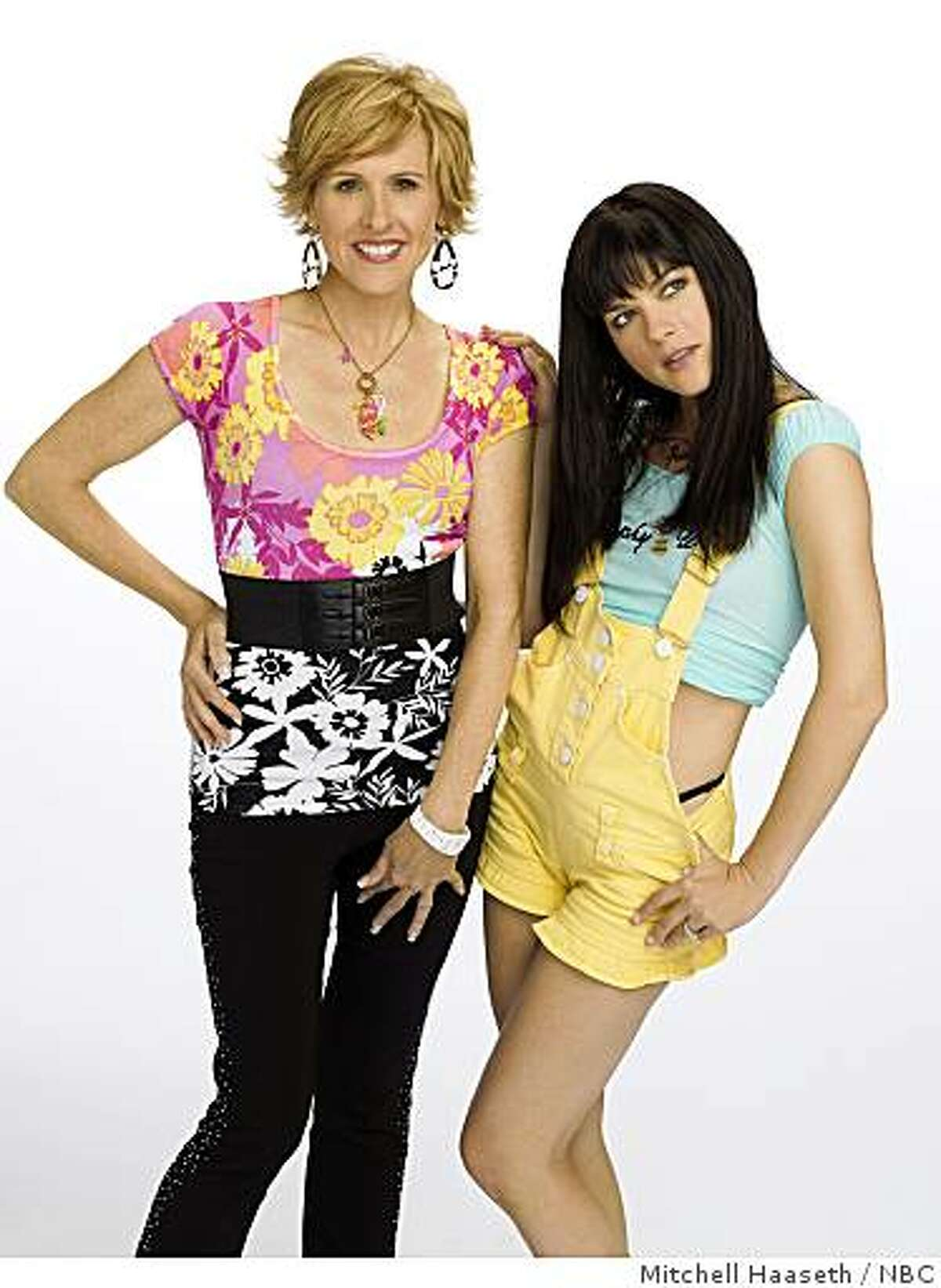 Molly Shannon, left, as Kath, Selma Blair, right, as Kim stars in NBC's KATH & KIM.