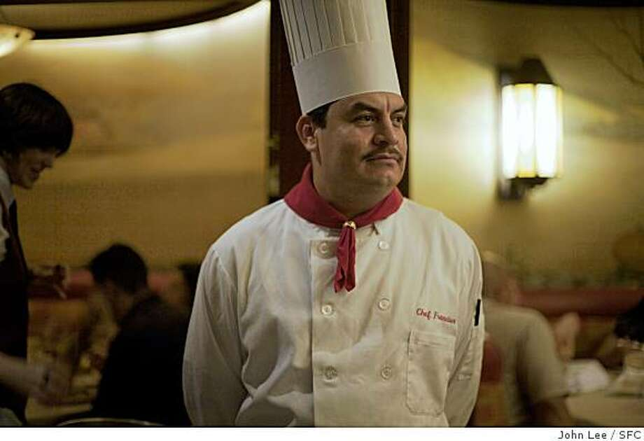 SIX05_PRIMERIB_10_JOHNLEEPICTURES.JPG SAN FRANCISCO, CA - SEPT 13:  Chef Francisco Villa (cq) standing ready in the front dining room at the House of Prime Rib in San Francisco.By JOHN LEE/SPECIAL TO THE CHRONICLE Photo: John Lee, SFC