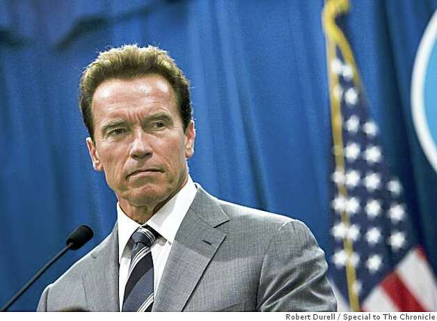 "California Governor Arnold Schwarzenegger announces that he will veto the budget passed by the combined state Senate  and Assembly early this morning in Sacramento, California, Tuesday, September 16, 2008.  Schwarzenegger talked about the veto during a press conference at the state Capitol. He said the combined legislature was  ""kicking the can"" down the road rather than solving the budget problem. Photo: Robert Durell, Special To The Chronicle"