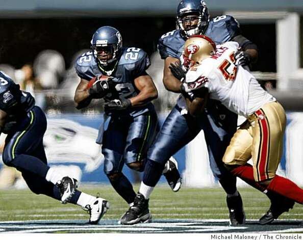 Seattle Seahawks Julius Jones (22) runs upfield in the 4th quarter.The Seattle Seahawks host the San Francisco 49ers in a NFL game at Qwest Field in Seattle, Wash., on Sept. 14, 2008. The 49ers won 33-30 in overtime. Photo: Michael Maloney, The Chronicle