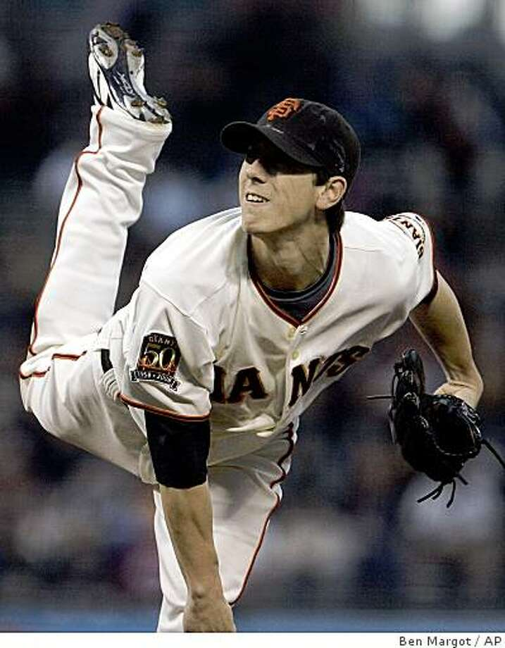 San Francisco Giants pitcher Tim Lincecum works against the Arizona Diamondbacks in the first inning of a baseball game Monday, Sept. 8, 2008, in San Francisco. (AP Photo/Ben Margot) Photo: Ben Margot, AP