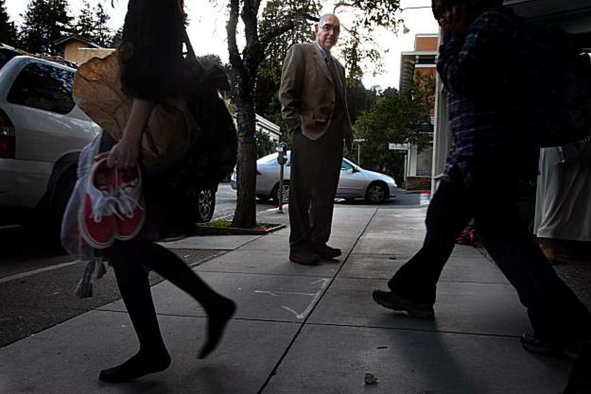 Dr. Howard Kornfeld who helps drug addicted youths near his office in Mill Valley, Ca., on Thursday March 4, 2010.