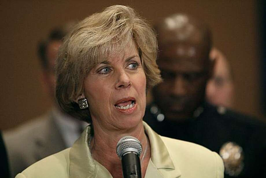 Los Angeles City Councilwoman Janice Hahn address the media about two arrests in the shooting of a 6-year-old boy riding in a car and back-to-back outbreaks of gang violence, Wednesday, Mar. 5, 2007 in Los Angeles. Photo: Guy Ruelas, AP