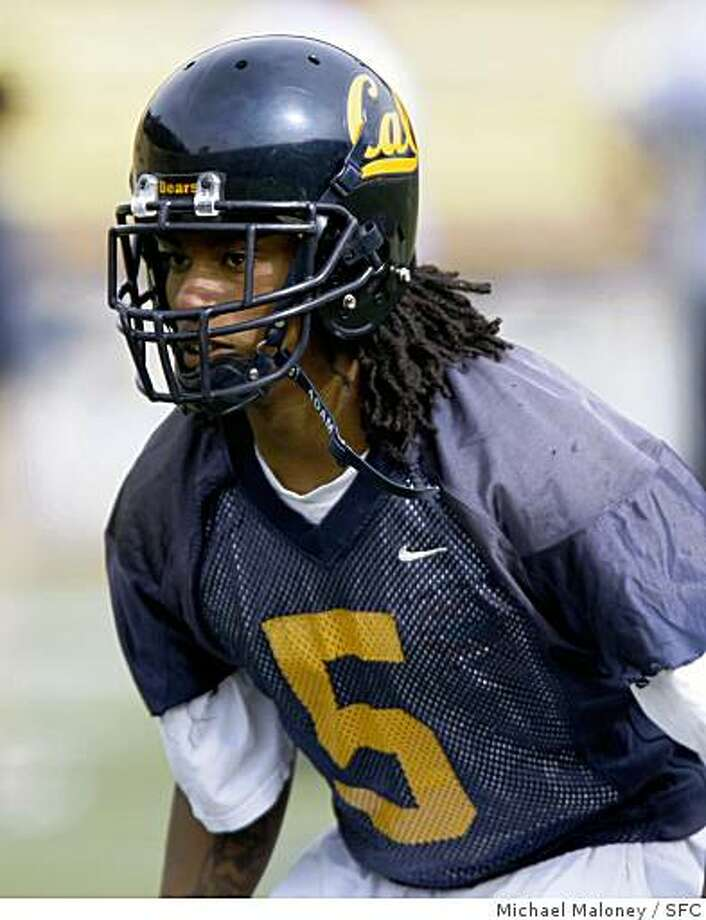 Cal football defensive back Syd'Quan Thompson (5) works out at a team practice at Memorial Stadium on the UC Berkeley (Calif.) campus on April 2, 2008.Photo by Michael Maloney / San Francisco Chronicle Photo: Michael Maloney, SFC