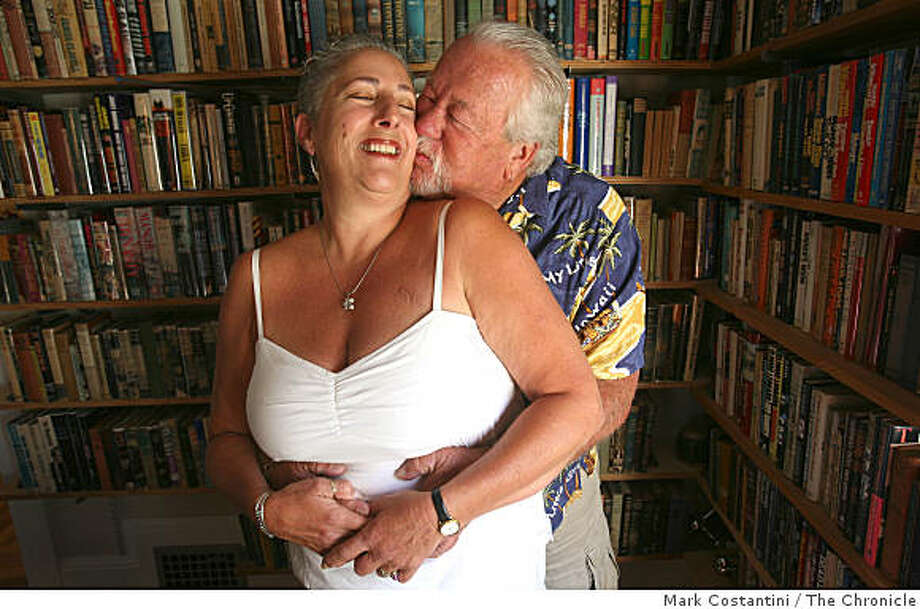 Barbara, left, and Gene Ferguson pose at home in Oakland, Calif., on Thursday, September 4, 2008. Photo: Mark Costantini, The Chronicle