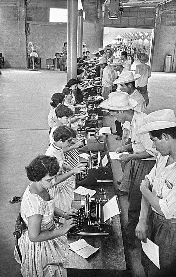 A collection of photos from the Smithsonian, chronicling the bracero program that brought Mexican guest workers to US farms in the mid 20th century, is on view in  San Jose. Photo: Smithsonian Institute