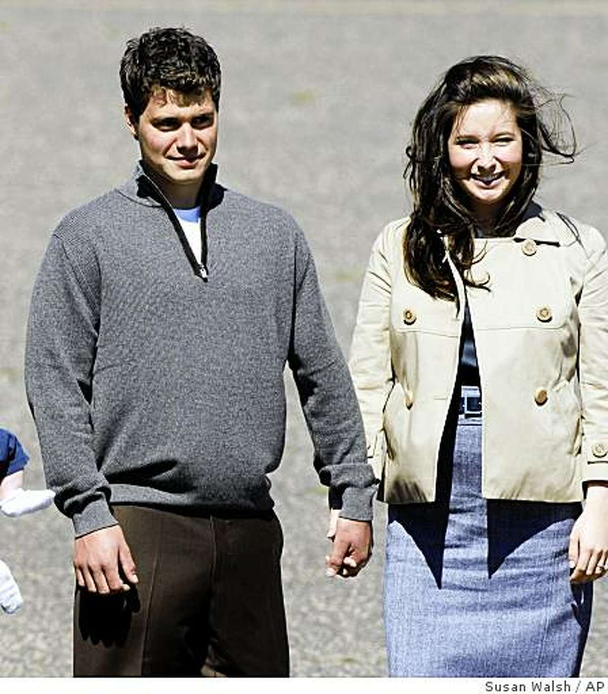 Bristol Palin, daughter of Republican vice presidential candidate Sarah Palin, walks with her boyfriend, Levi Johnston, as they await the arrival of Republican presidential candidate John McCain in Minneapolis for the Republican National Convention in St. Paul, Minn., Wednesday, Sept. 3, 2008. (AP Photo/Susan Walsh)