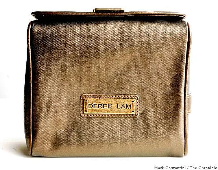 A Derek Lam limited edition Kiehl's bag is photographed in San Francisco, Calif. on Thursday, August 7, 2008. Photo: Mark Costantini, The Chronicle