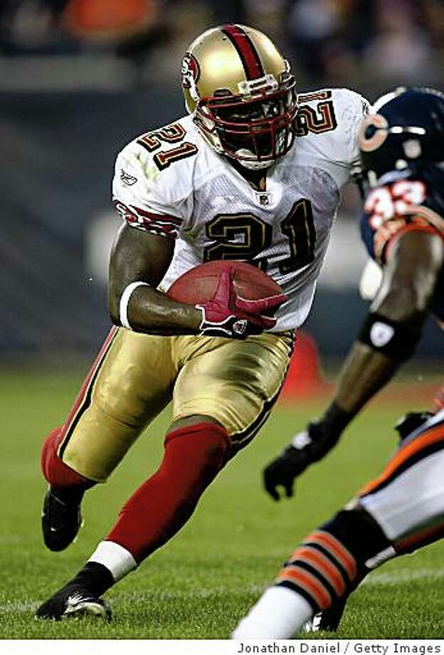 CHICAGO - AUGUST 21: Frank Gore #21 of the San Francisco 49ers runs the ball against the Chicago Bears on August 21, 2008 at Soldier Field in Chicago, Illinois. (Photo by Jonathan Daniel/Getty Images) Photo: Getty Images