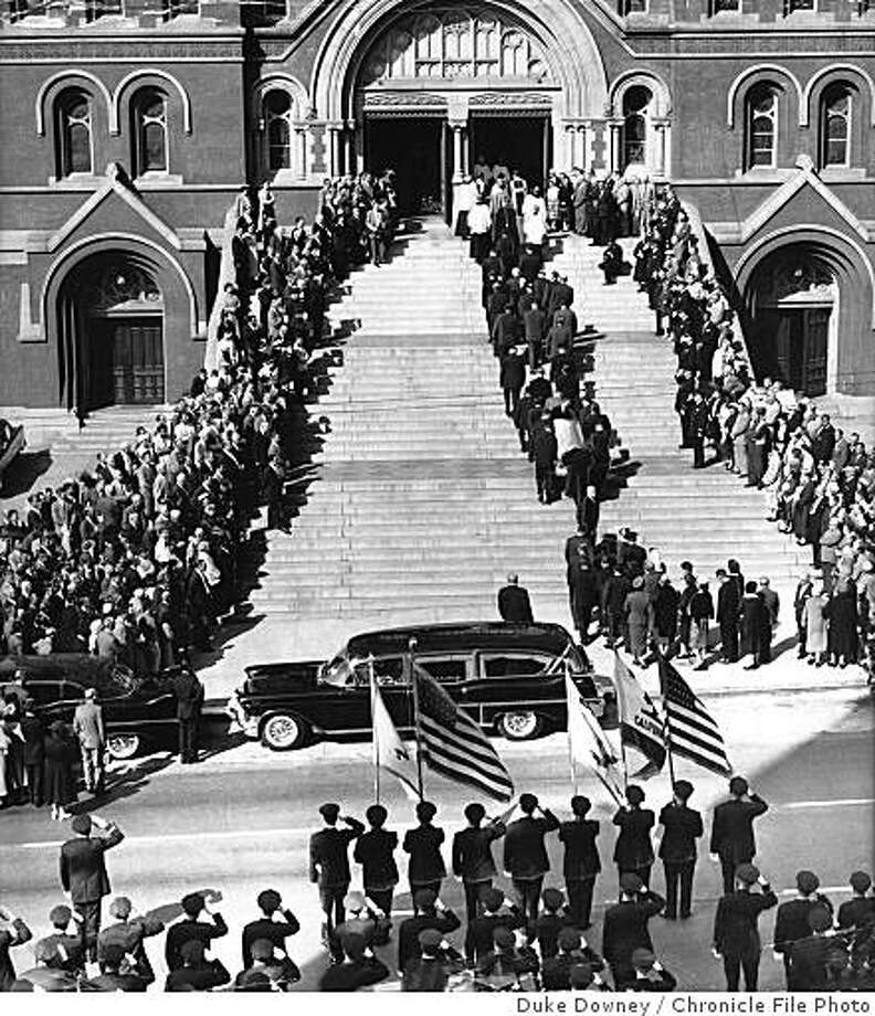 San Francisco police chief Frank Ahern's funeral in 1958. Photo: Duke Downey, Chronicle File Photo