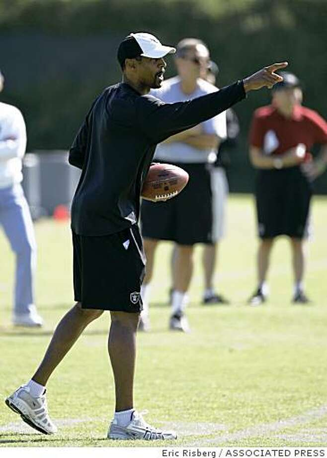 Oakland Raiders receivers coach James Lofton during their football training camp in Napa, Calif., Thursday, July 31, 2008. (AP Photo/Eric Risberg) Photo: Eric Risberg, ASSOCIATED PRESS