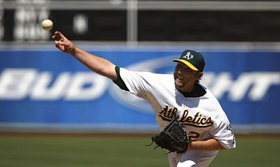 Brett Tomko was the starting pitcher for the Athletics during the Oakland A's vs. Detroit Tigers game in Oakland, Calif. on Sunday, August 23, 2009. Final Score: Athletics 9 - Tigers 4. Photo: Lea Suzuki, The Chronicle