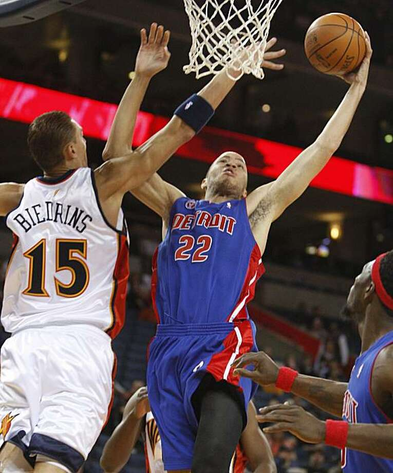 Detroit Pistons' Tayshaun Prince, right, shoots over Golden State Warriors' Andris Biedrins of Latvia during the first half of an NBA basketball game Saturday, Feb. 27, 2010, in Oakland, Calif. Photo: Ben Margot, AP