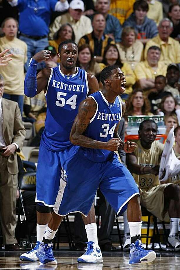 NASHVILLE, TN - FEBRUARY 20: DeAndre Liggins #34 of the Kentucky Wildcats celebrates after a basket against the Vanderbilt Commodores at Memorial Gymnasium on February 20, 2010 in Nashville, Tennessee. Kentucky defeated Vanderbilt 58-56. Photo: Joe Robbins, Getty Images