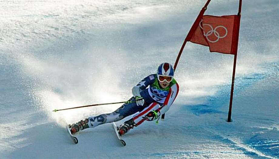 America's Lindsey Vonn rounding a gate on her way to a bronze medal in the Ladies Super-G at the 2010 Winter Olympics in Whistler, British Columbia, Saturday, February 20, 2010. (Steve Ringman/Seattle Times/MCT) Photo: Steve Ringman, MCT