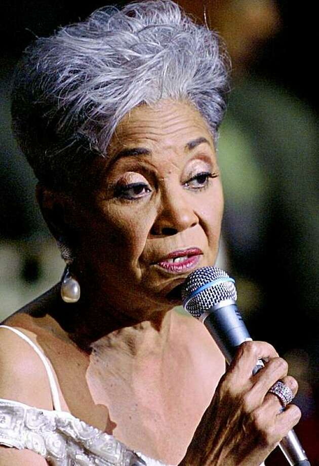 **  FILE  ** Grammy Award winner and legendary vocalist Nancy Wilson performs at the Lincoln Center's Avery Fisher Hall in  New York during a concert titled 'Nancy Wilson With Strings: Celebrating Four Decades of Music', in this January 13, 2003 file photo. Wilson was hospitalized early Monday March 31, 2008, for treatment of a collapsed lung, a spokeswoman said. (AP Photo / Stuart Ramson,File) **  FILE  ** Grammy Award winner and legendary vocalist Nancy Wilson performs at the Lincoln Center's Avery Fisher Hall in  New York during a concert titled 'Nancy Wilson With Strings: Celebrating Four Decades of Music', in this January 13, 2003 file photo. Wilson was hospitalized early Monday March 31, 2008, for treatment of a collapsed lung, a spokeswoman said. (AP Photo / Stuart Ramson,File) Ran on: 04-01-2008 Nancy Wilson Photo: Stuart Ramson, File, AP