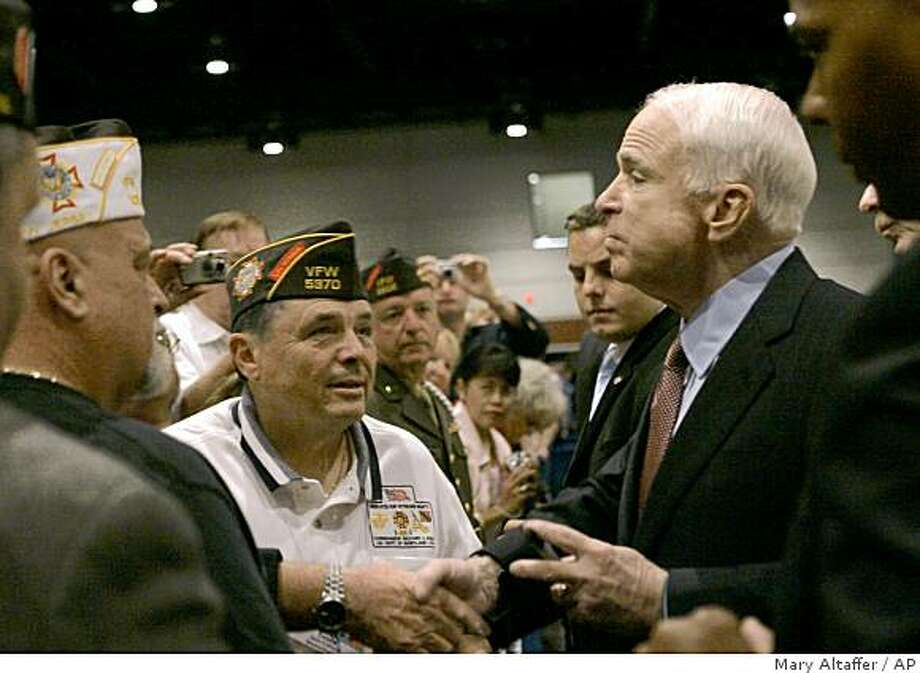 Republican presidential candidate Sen. John McCain, R-Ariz. greets the crowd after addressing the Annual Veterans of Foreign War Convention, Monday, Aug. 18, 2008, in Orlando, Fla.  (AP Photo/Mary Altaffer) Photo: Mary Altaffer, AP