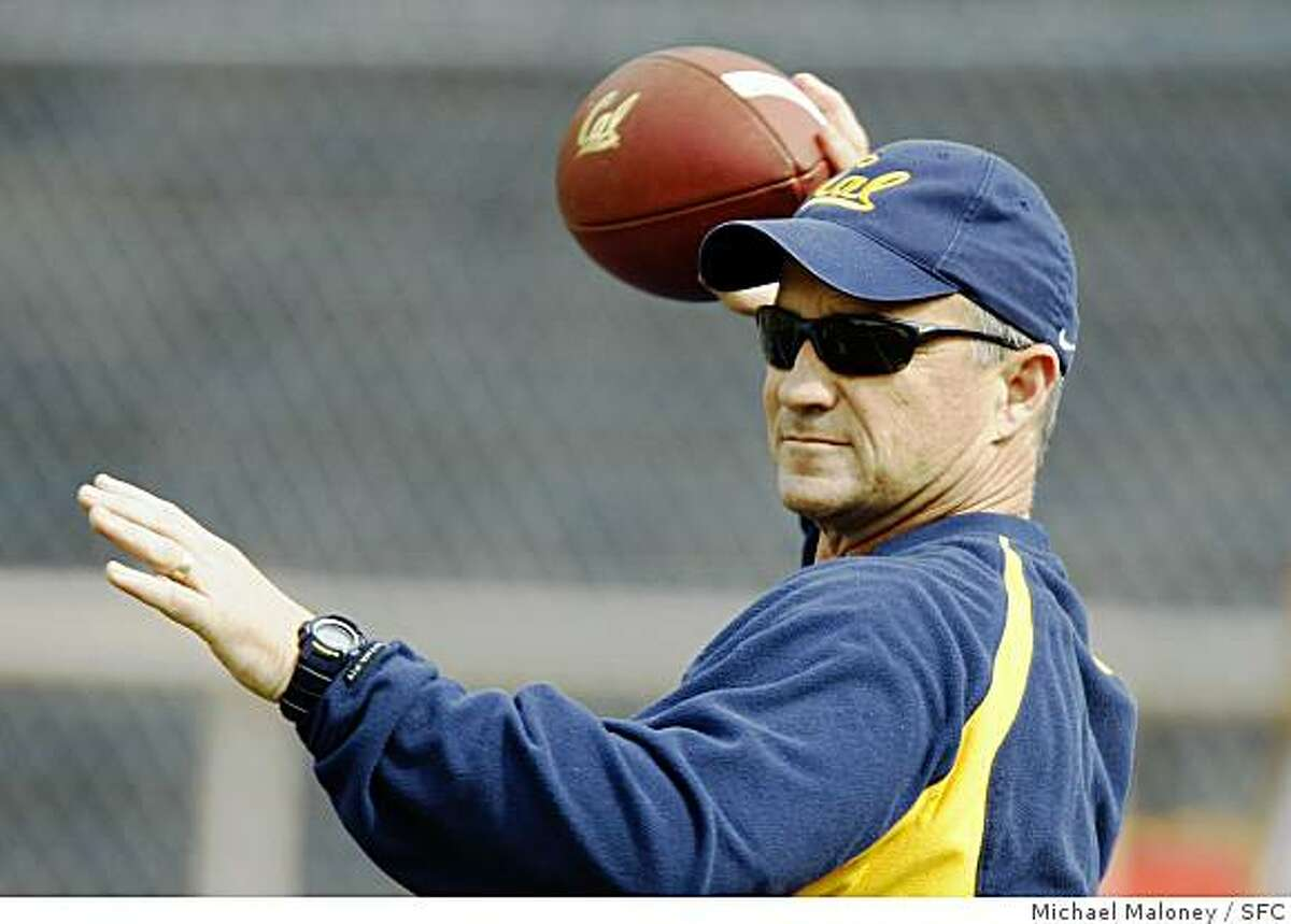 Cal football head coach coach Jeff Tedford throws the ball at a team practice at Memorial Stadium on the UC Berkeley (Calif.) campus on April 2, 2008.Photo by Michael Maloney / San Francisco Chronicle