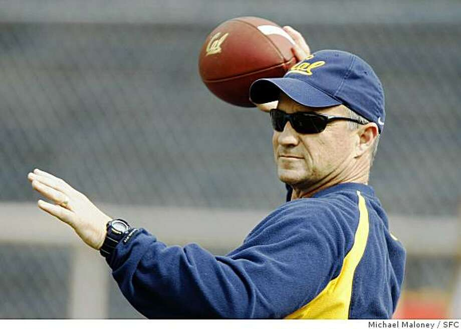 Cal football head coach coach Jeff Tedford throws the ball at a team practice at Memorial Stadium on the UC Berkeley (Calif.) campus on April 2, 2008.Photo by Michael Maloney / San Francisco Chronicle Photo: Michael Maloney, SFC
