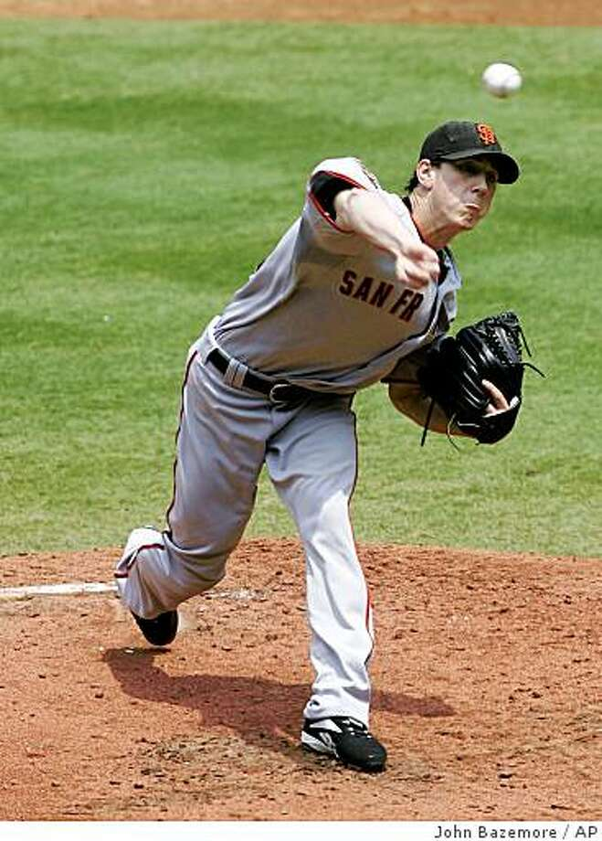 San Francisco Giants starter Tim Linecum pitches against the Atlanta Braves in the third inning of a baseball game Sunday, Aug. 17, 2008, in Atlanta. San Francisco won 3-1.  (AP Photo/John Bazemore) Photo: John Bazemore, AP