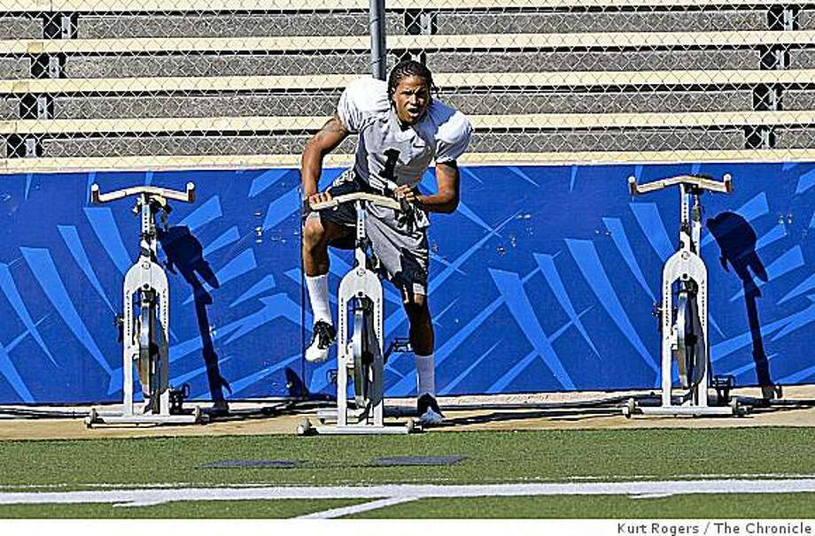 Cal Football player  Marvin Jones #1, Freshman receiveron Thursday , Aug 7  2008 in Berkeley , Calif Photo: Kurt Rogers, The Chronicle