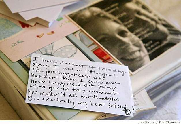 Carrie Shellhammer rewrote her vows onto index cards at her hotel room at the Hamilton Inn and Suites in Truckee, Calif. on Saturday, August 9, 2008. Her wedding to Zachary Chown was later that afternoon. Photo: Lea Suzuki, The Chronicle