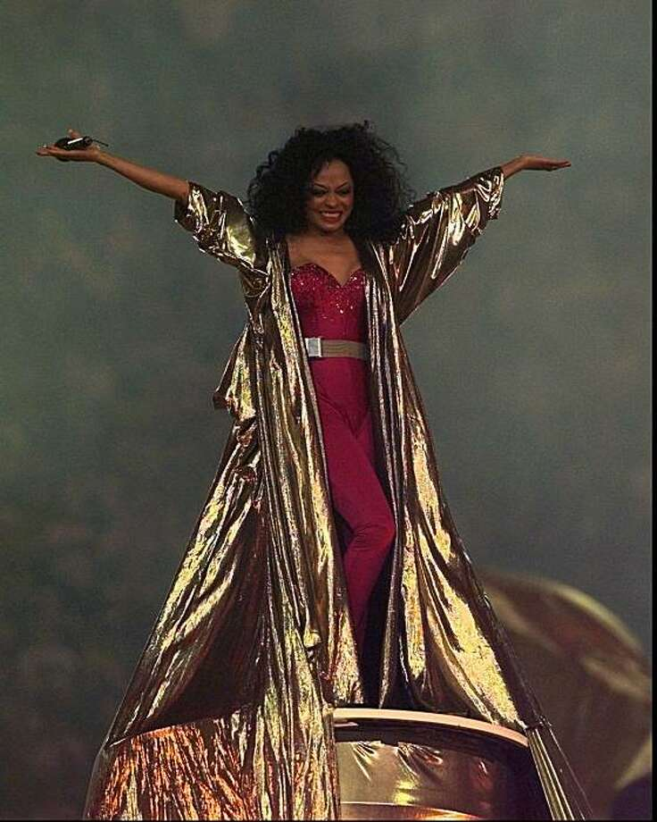 Diana Ross performs at the halftime show during Super Bowl XXX, where the Dallas Cowboys are playing the Pittsburgh Steelers in Tempe, Ariz., on Sunday, Jan. 28, 1996. (AP Photo/Amy Sancetta) ALSO RAN 01/24/03 Photo: Amy Sancetta, AP
