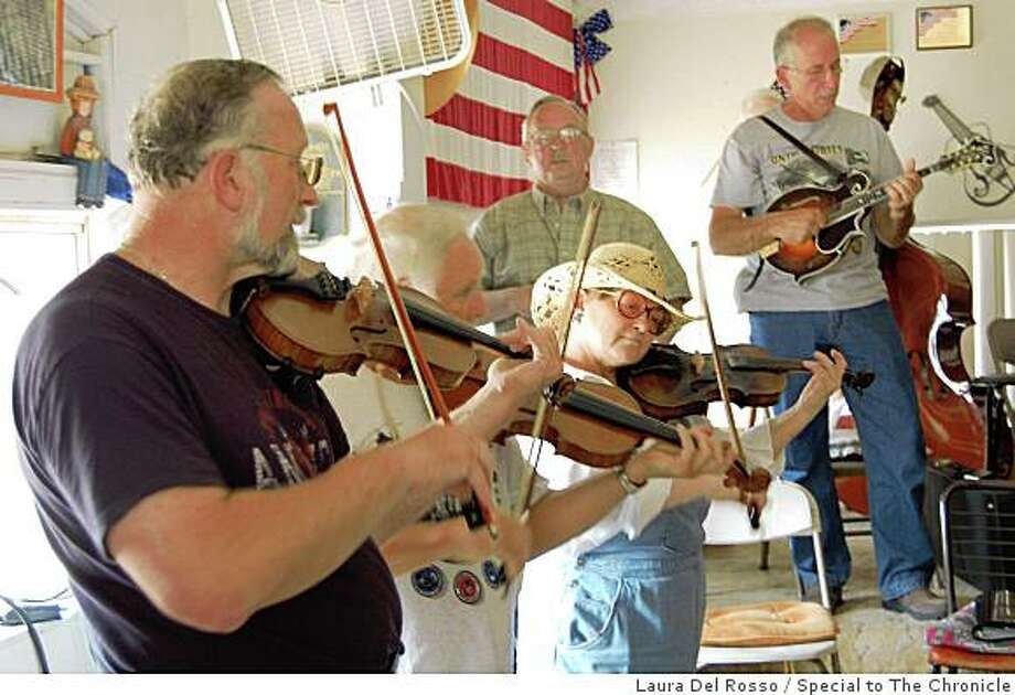 The Rough and Ready Fruit Jar Pickers perform. Photo: Special To The Chronicle