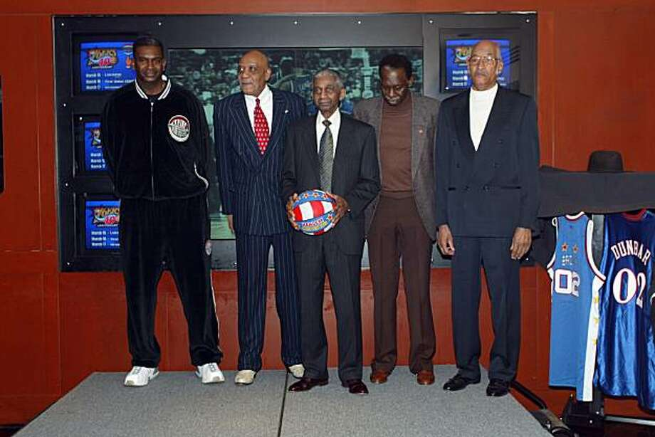 "PHILADELPHIA - MARCH 12:  Former members of the Harlem Globetrotters (l to r) Hubert ""Geese"" Ausbie, Marques Haynes, ""Sweet"" Lou Dunbar, ""Jumpin"" Jackie Jackson, Marques Haynes, Hubert ""Geese"" Ausbie and Frank Washington pose for a portrait at First Union Center on March 12, 2003 in Philadelphia, Pennsylvania.  NOTE TO USER: User expressly acknowledges and agrees that, by downloading and or using this photograph, User is consenting to the terms and conditions of the Getty Images License Agreement. Mandatory copyright notice: Copyright NBAE 2003 (Photo by Ray Amati/NBAE/Getty Images) Photo: Ray Amati, NBAE/Getty Images"