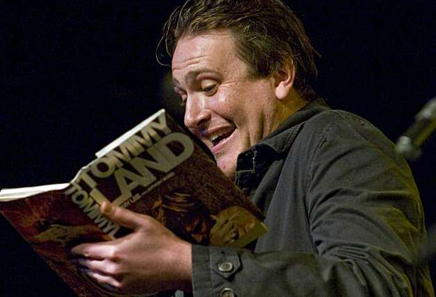 Jason Segel reads live on-stage from Tommy Lee Jones' autobiography, Tommyland, at Celebrity Autobiography, part of SF Sketchfest at the Cobbs Comedy Club in San Francisco, Calif. on Saturday, Jan. 30, 2010. Photo: Adam Lau, The Chronicle