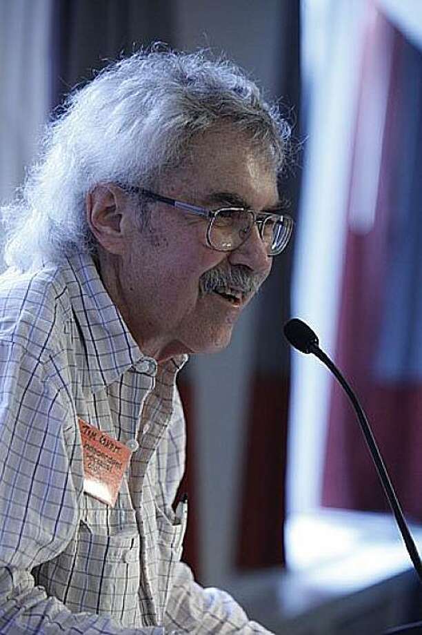 Tom Condit speaking at the International Socialist reunion in Chicago in November 2009. Courtesy of the Condit Family. Photo: Courtesy, Condit Family