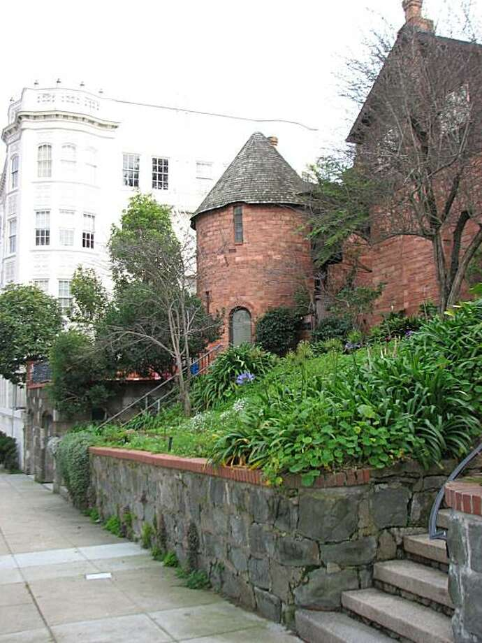 The complex of six houses in the 1700 block of Vallejo Street are like a little bit of Carmel -- or Normandy -- in Pacific Heights. Photo: John King, The Chronicle
