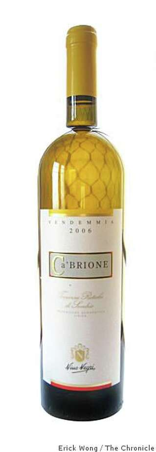 2006 Nino Negri Ca' Brione Terrazze Retiche di Sondrio Bianco Photo: Erick Wong, The Chronicle