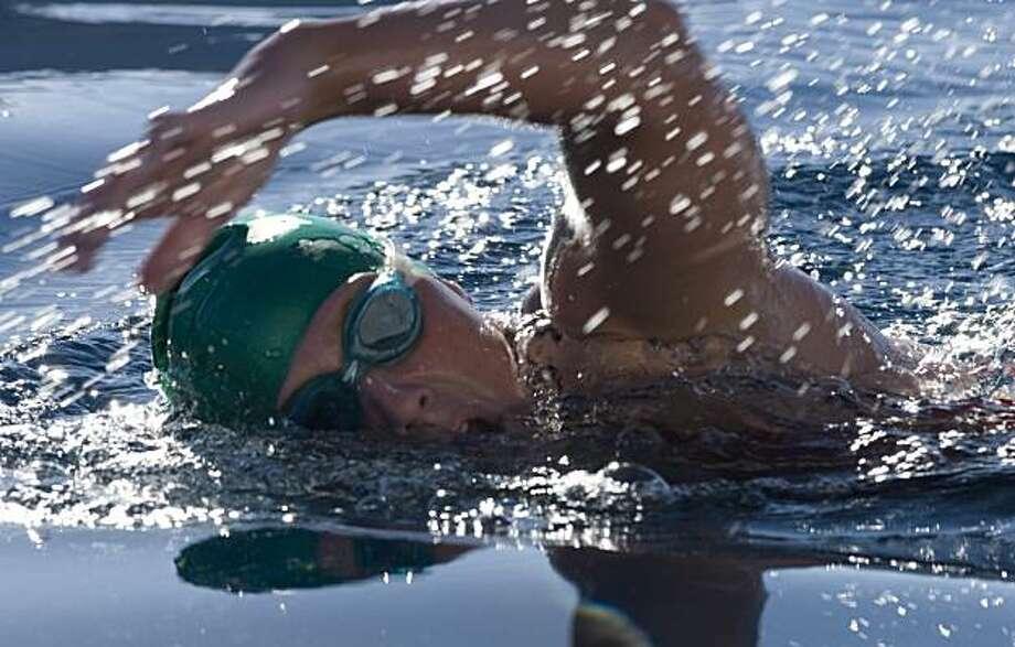 Catheryne DiPrete swims the length of Lake Tahoe. Photo: Peter DiPrete, The Chronicle