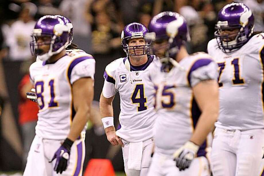 NEW ORLEANS - JANUARY 24:  Brett Favre #4 of the Minnesota Vikings reacts after he threw an interception late in the fourth quarter against the New Orleans Saints during the NFC Championship Game at the Louisiana Superdome on January 24, 2010 in New Orleans, Louisiana. Photo: Ronald Martinez, Getty Images