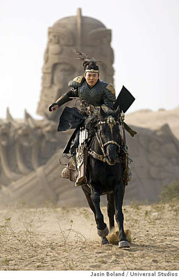 JET LI as the vicious Emperor in an all-new adventure that races from the catacombs of ancient China high into the spectacular Himalayas: The Mummy: Tomb of the Dragon Emperor. Photo: Jasin Boland, Universal Studios