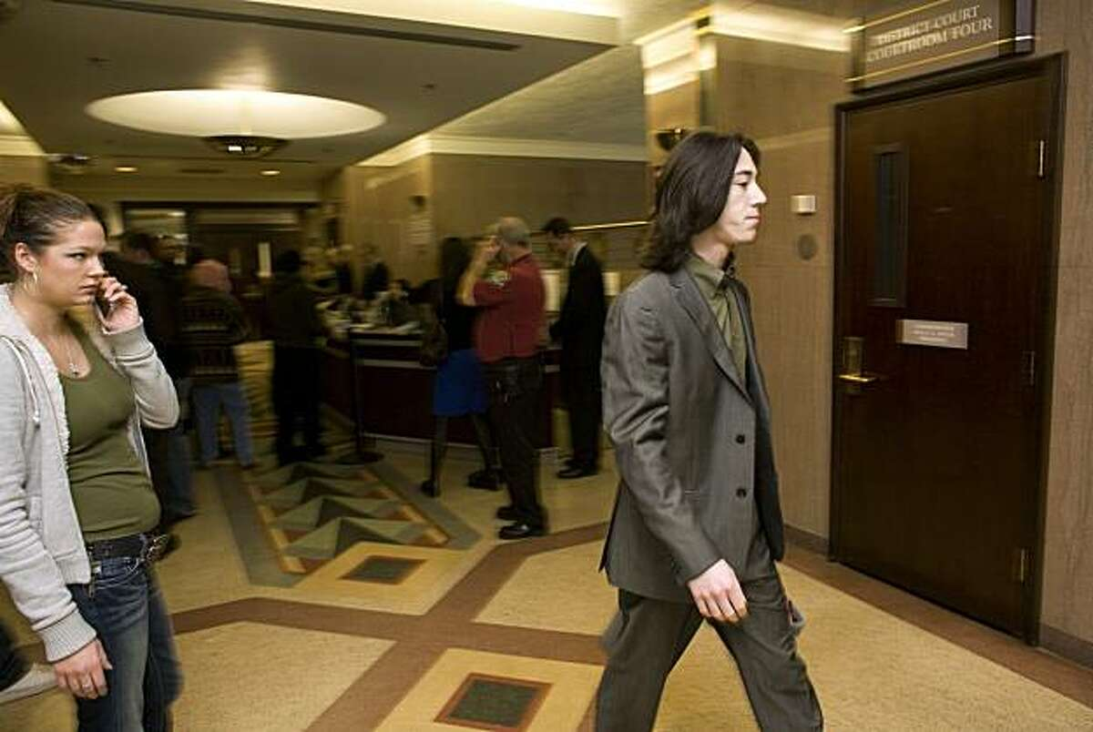 Tim Lincecum makes his way to courtroom six at the Clark County District Court in Vancouver, Wash., Tuesday morning. Lincecum, a Giants pitcher and National League Cy Young Award winner for the past two seasons, was in court on marijuana charges.