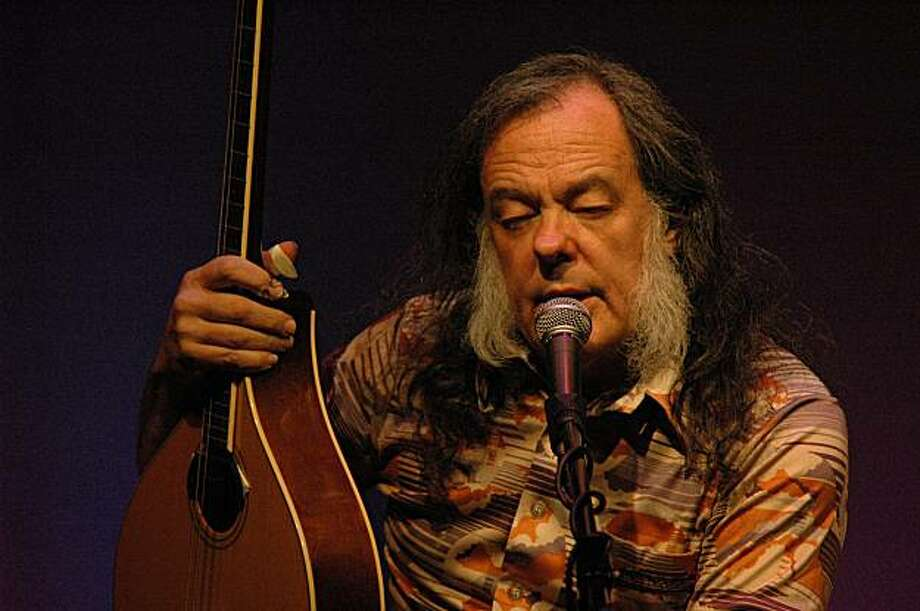 David Lindley in Concert January 23rd The David Lindley electro-acoustic performance effortlessly combines American folk, blues, and bluegrass traditions with elements from African, Arabic, Asian, Celtic, Malagasy, and Turkish musical sources. Lindley incorporates an incredible array of stringed instruments including but not limited to Kona and Weissenborn Hawaiian lap steel guitar, Turkish saz and chumbus, Middle Eastern oud, and Irish bouzouki.  Tickets: $20 - $30 Time: 8:00 When: Saturday Jan. 23rd Venue: Mill Valley Masonic, 19 Corte Madera Ave. Mill Valley, Ca 94941 Email for info: info@murphyproductions.com  Caption: David Lindley performs one night only at the Mill Valley Masonic Jan. 23rd  Photo credit: K. Scherer Photo: K. Scherer