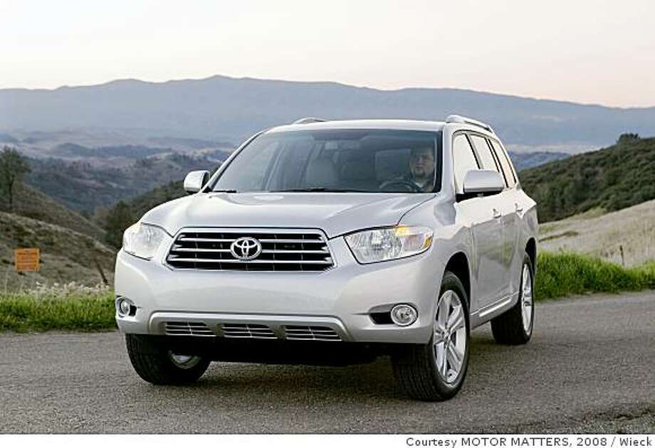 2008 Toyota Highlander Sport Photo: Courtesy MOTOR MATTERS, 2008, Wieck